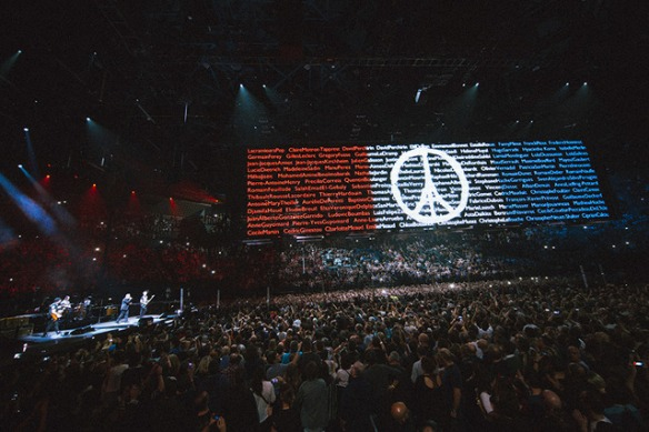 paris_u2_01_6dec__9001449450029_640